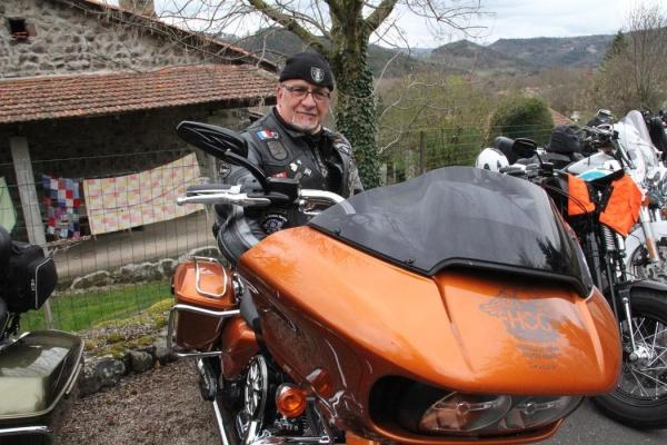 bikers-cussac-sur-loire-31547495672407E-63BC-5A8C-7471-A1E5CB16A41A.jpeg